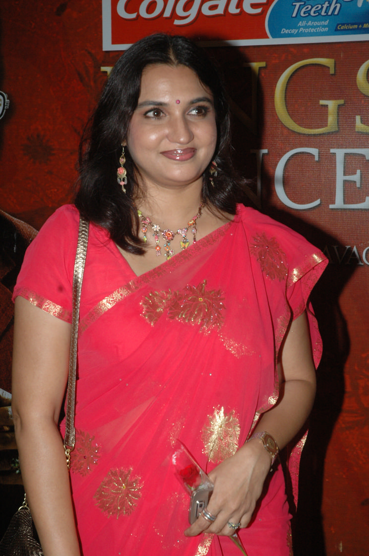 Actress Sexy Photos Sukanya Actress Hot Photos In Saree-8928