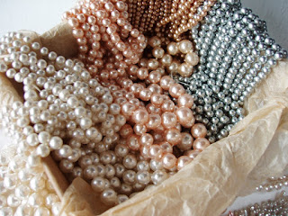 handmade glass pearls baroque pearlessence pearlescent
