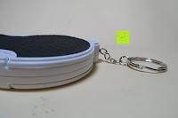 Seite: Einklappbare Alltags Lupe mit LED Licht - Kompakt und überall einsetzbar