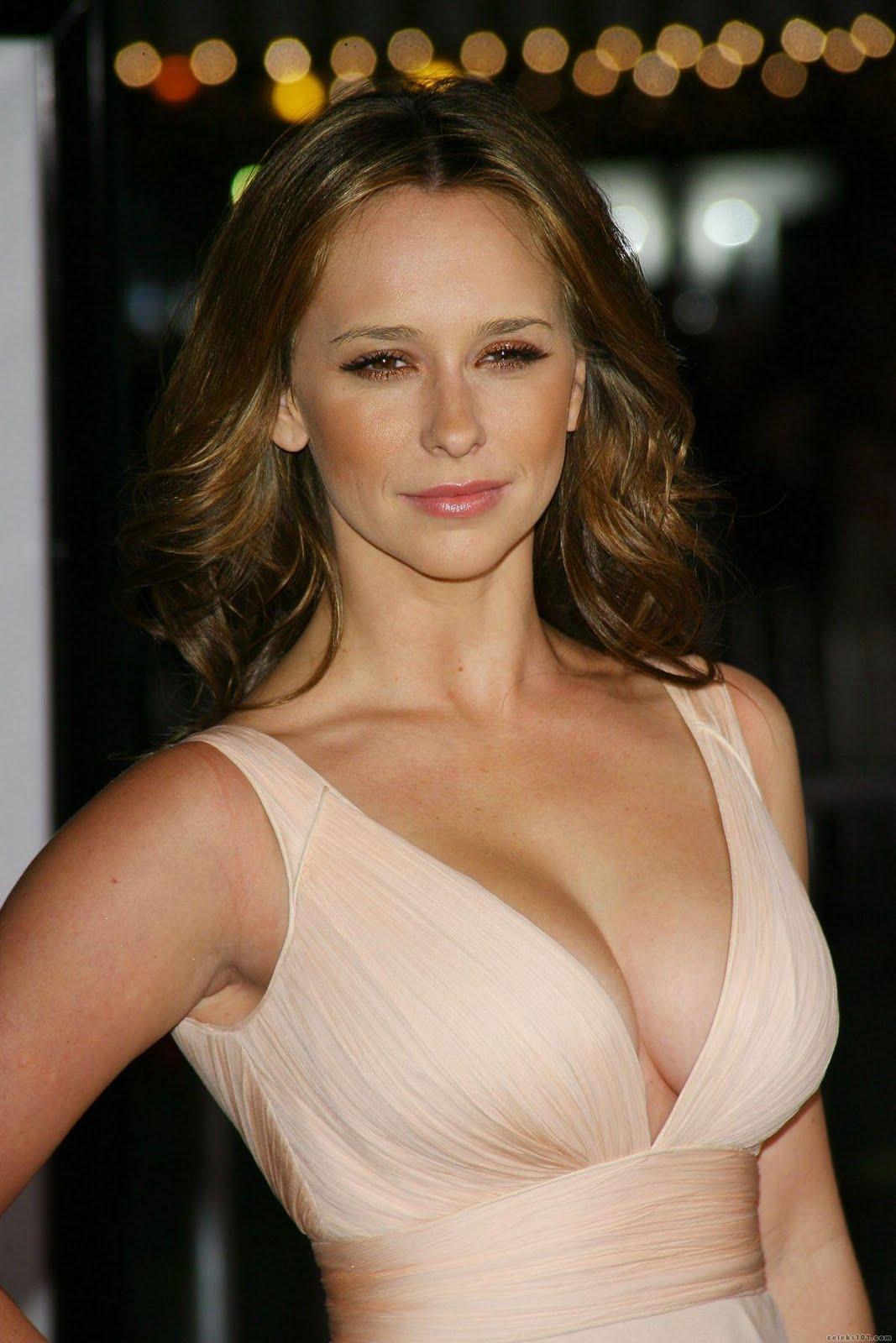 Wallpapers of Jennifer Love Hewitt ~ My Cute Actresses