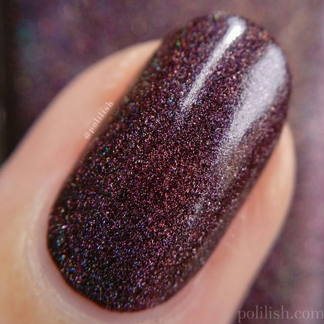 Macro swatch of A-England 'Sleeping Palace' | polilish