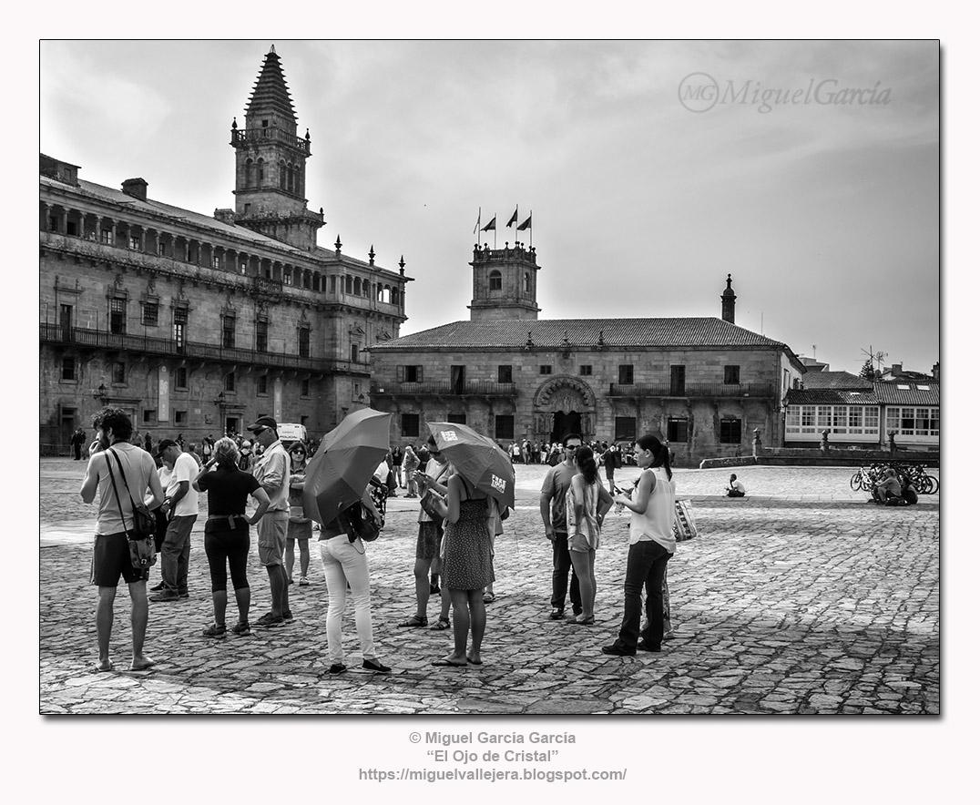 Plaza del Obradoiro, Galería de la Balconada, Torre de la Vela y Colexio de San Xerome. Santiago de Compostela (España)