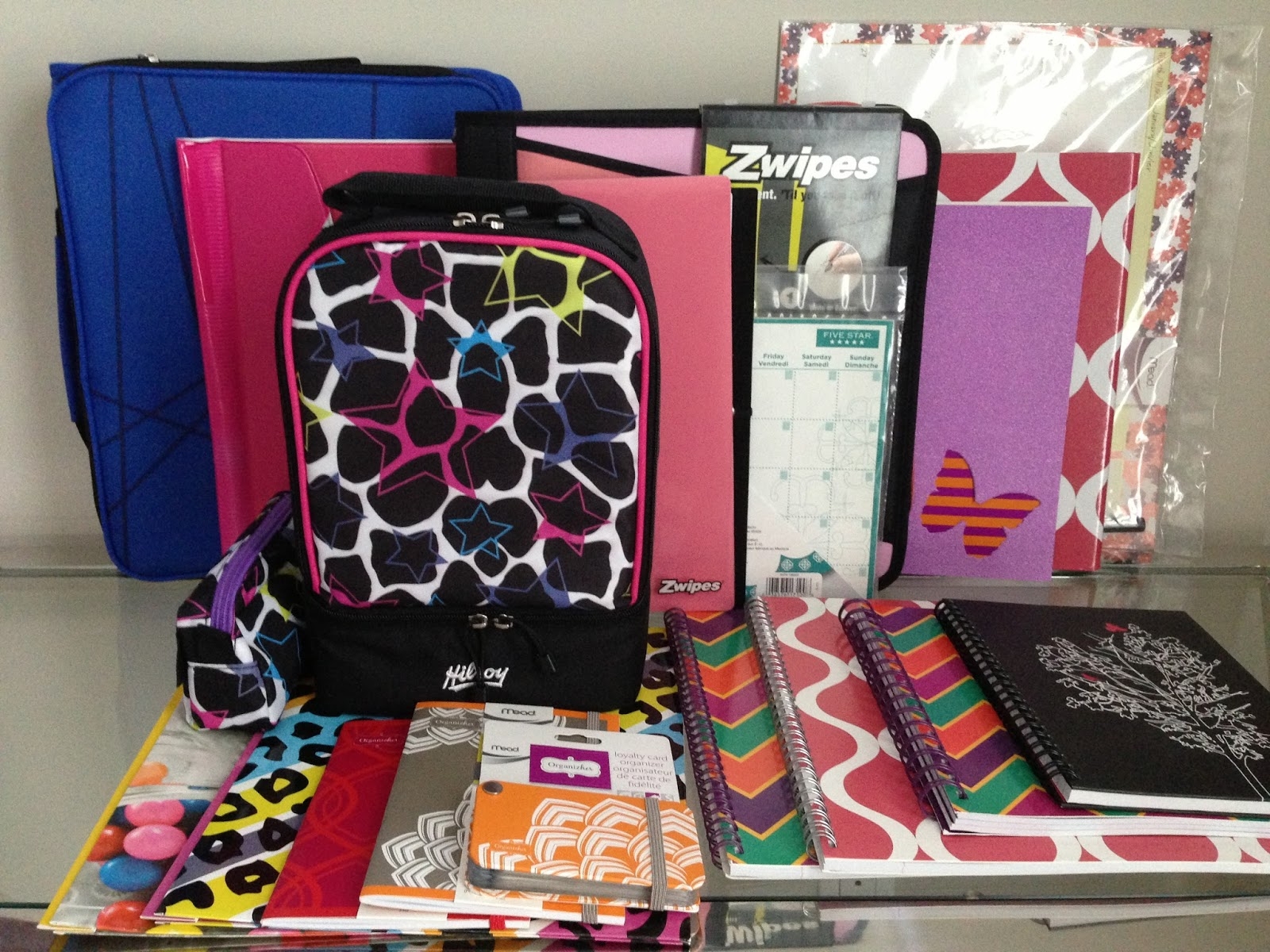 611b1def3b54b3 ... lunch bag, binders, notebooks) and products to make YOUR life easier (a  card organizer, a spending tracker, and a calorie tracker) and the best  part is?