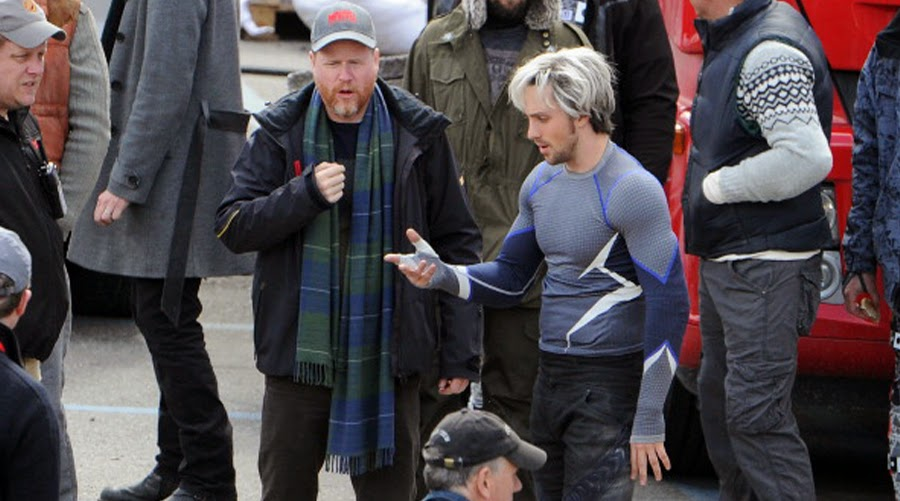 Joss Whedon şi Aaron Taylor Johnson la filmările The Avengers 2: Age Of Ultron