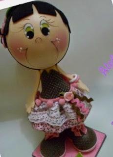http://elrinconfofuchero.blogspot.com.es/2014/02/fofucha-marron-y-rosa-crys-con-molde-de.html