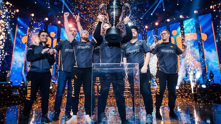 Fnatic thay đổi đội hình với sự trở lại của Flusha và Golden