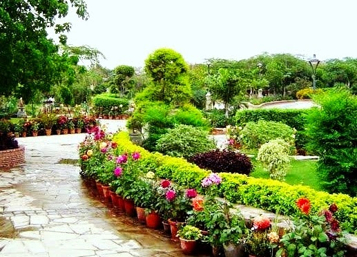 A place to Visit in Delhi, Garden of Five Senses