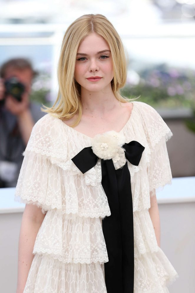 Elle Fanning – 'The Neon Demon' Photocall at 2016 Cannes Film Festival