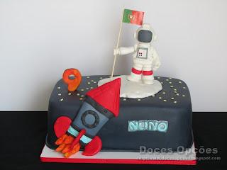 Bolo para o aniversário do astronauta Nuno