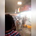 Turistas saquean Oxxo en Acapulco (video)