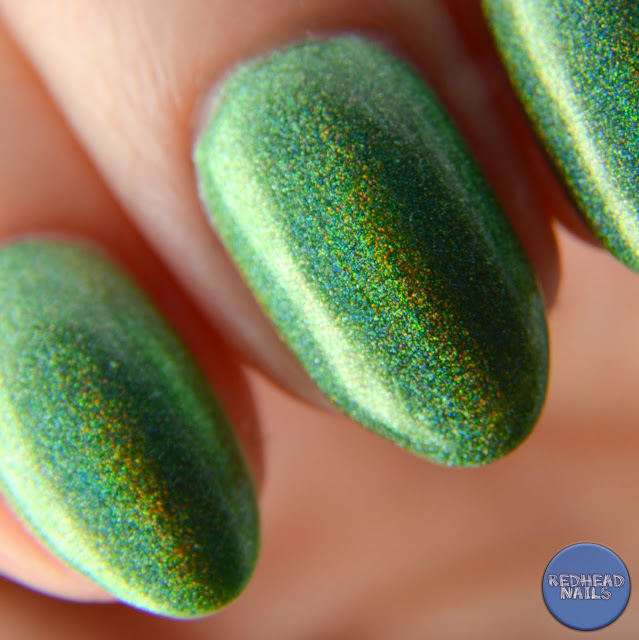 green holo swatch macro