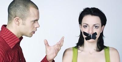 5 Cara Hadapi Pasangan yang Dominan
