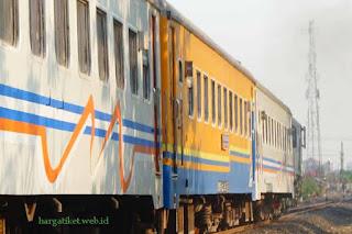 Info Harga Tiket Kereta Api Ekonomi AC Bulan September 2016