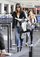 Priyanka Chopra Spotted in New York Stunning Beauty Queen Nov 2017 ~  Exclusive Galleries 007.jpg