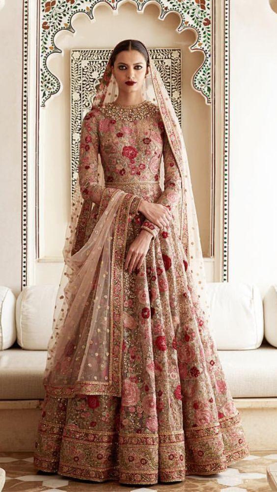 9ab9362157806 مجموعة موديلات تحفة لساري الهندي Sari Hindi - عبير الورد