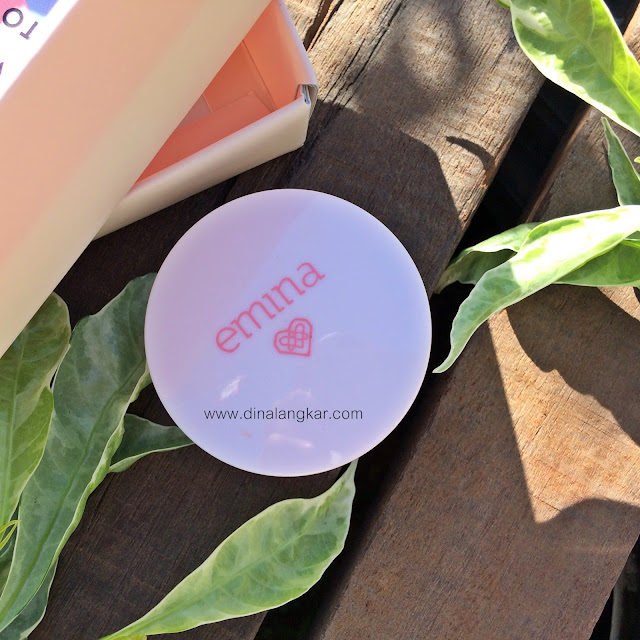 Emina Bare with me mineral loose powder #02LightBeige