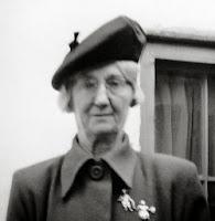 b/w image head-and-shoulders of Dr. Irma Kasten