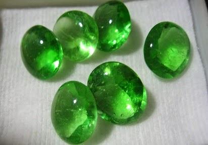 Jenis Batu Akik Yang Bagus,Batu Cincin Akik Termahal,jenis2 batu cincin,Jenis Batu Cincin yang Bagus,5 Batu permata terpopuler,Batu Akik Termahal,