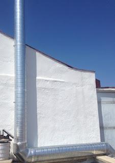 foto de chimenea ventilación en madrid