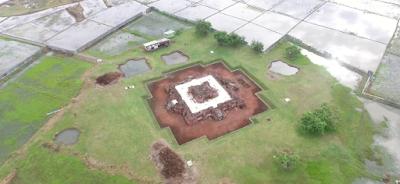 Wisata Bersejarah Candi Jiwa Karawang
