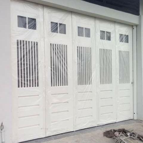 Pintu Garasi versi 1