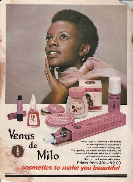 Anúncio de maquiagem em revista vintage