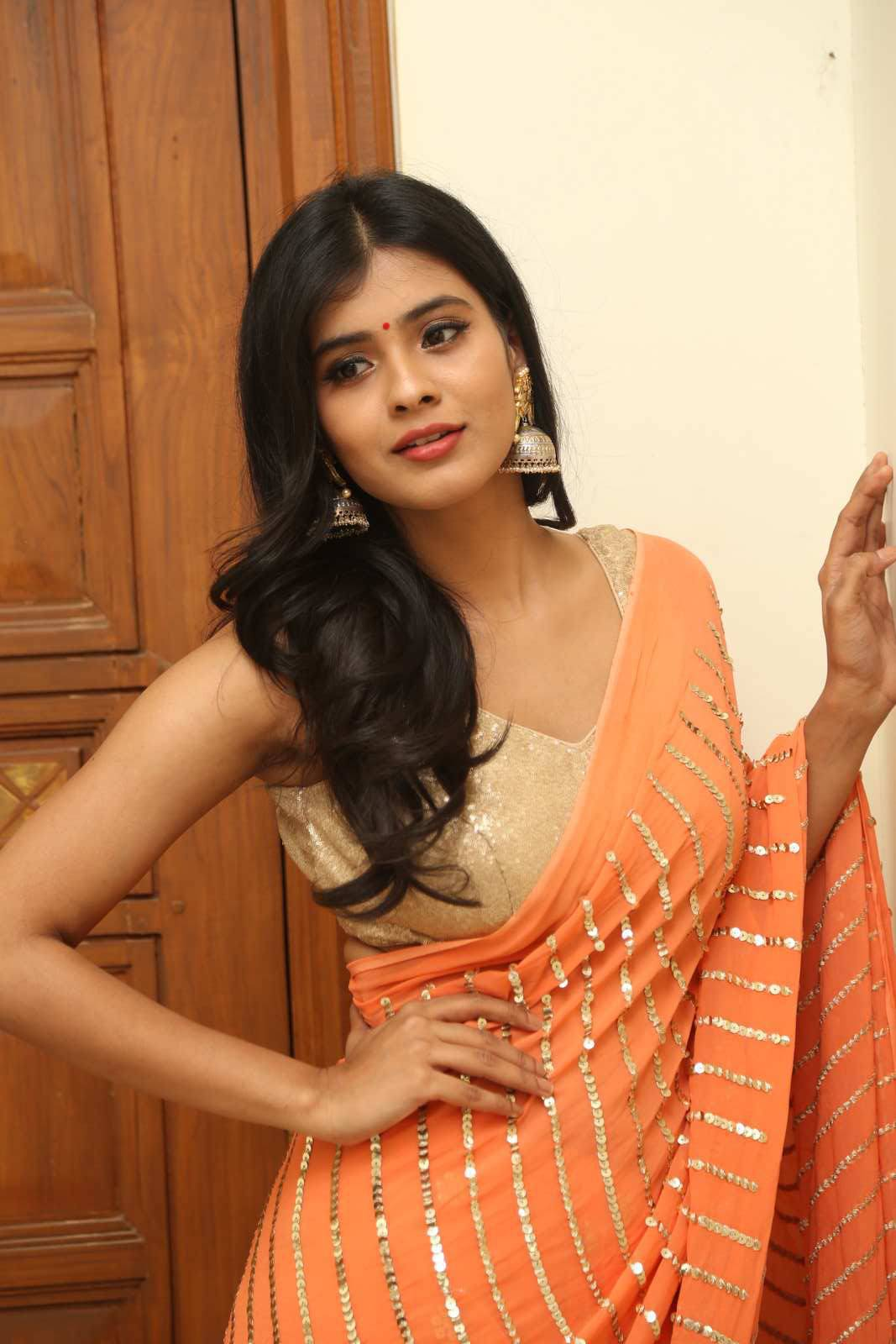 Hebha Patel Stills At Kumari 21 F Movie Audio Launch Truthinformations Blogspot Com