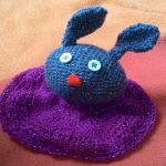 https://www.crazypatterns.net/en/items/14720/schnuffeltuch-henrietta-hase
