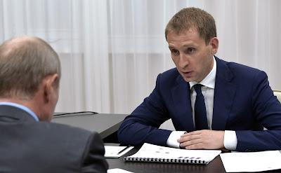 Vladimir Putin with Governor of Amur Region Alexander Kozlov.