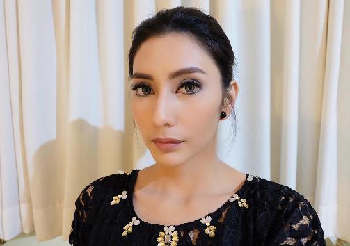 Fakta Tyas Mirasih Harus Anda Ketahui [Artis Indonesia Hot]