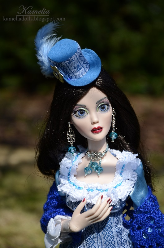 Vicorian outfit and jewellery for Evangeline Ghastly doll.