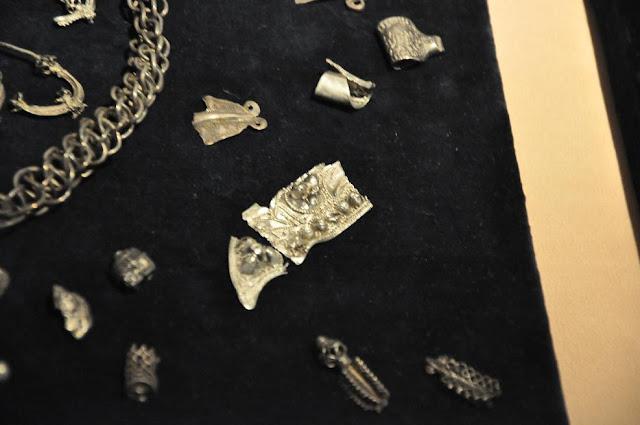 Wczesnośredniowieczny skarb z Zalesia, przechowywany w Muzeum Archeologicznym w Poznaniu