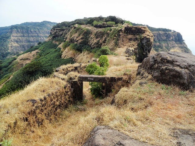 Vasota Fort,  Satara- Mishmash of History and Nature