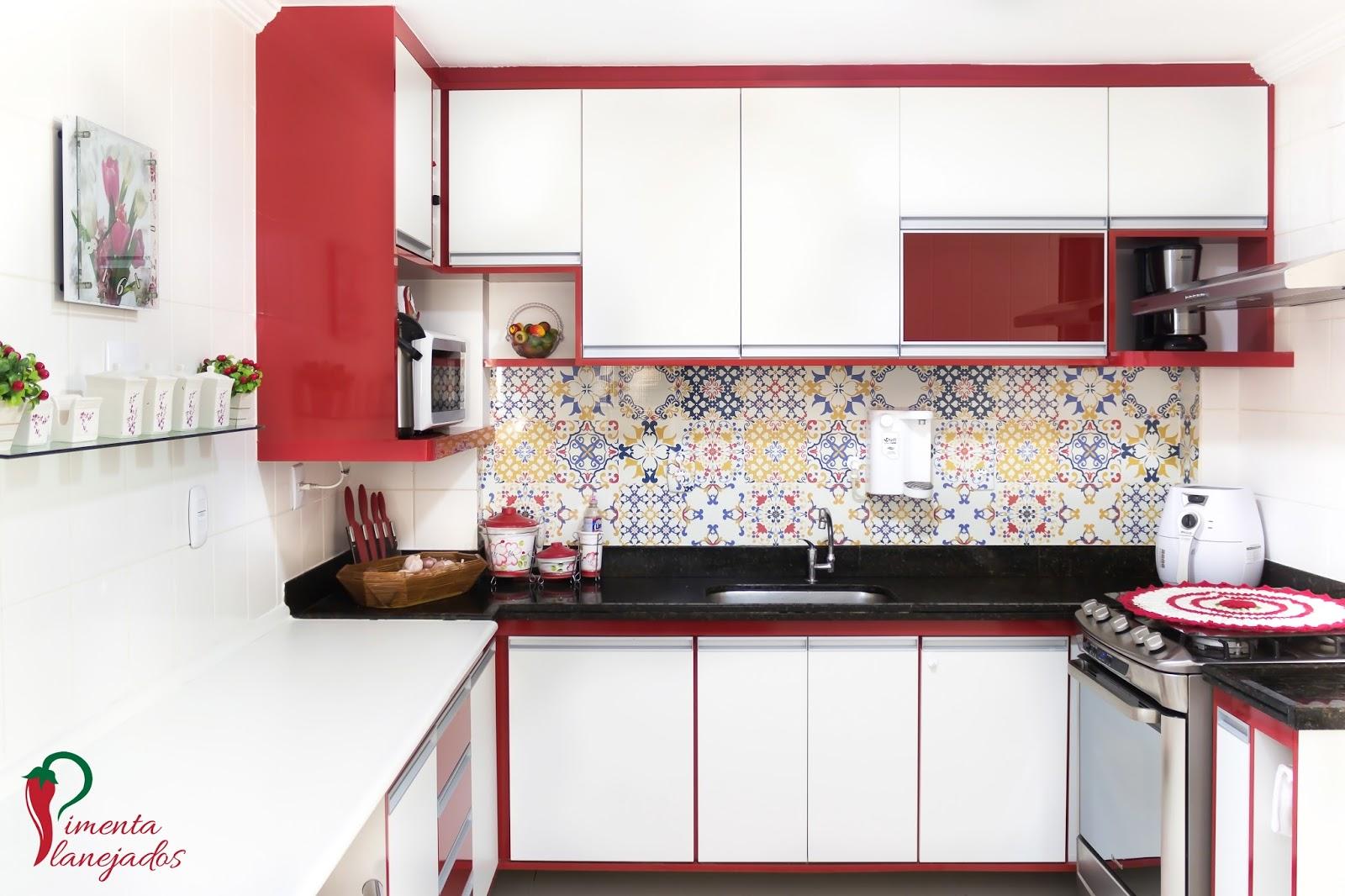 Ousando Na Cor Cozinha Vermelha Pimenta Planejados ~ Armario Modulado Para Quarto E Quarto Vermelho E Branco