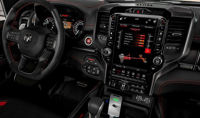 ram-trx-1500-steering-wheel-dashboard-controls-screen-display-and-gear-shifts-lever