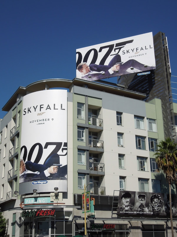 Skyfall 007 movie billboards