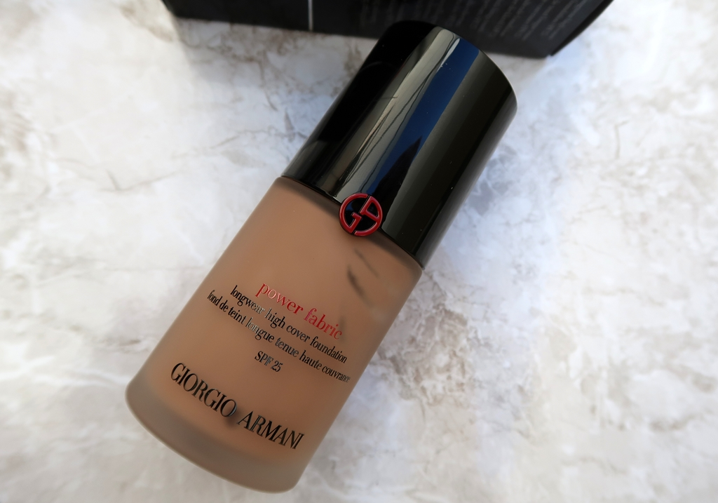 GIORGIO-ARMANI-POWER-FABRIC-LONGWEAR-HIGH-COVERAGE-FOUNDATION