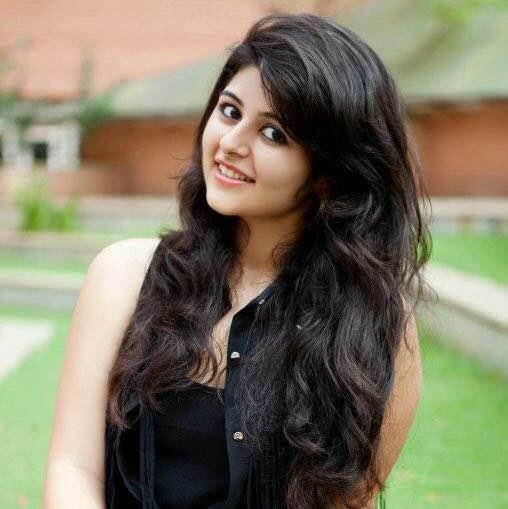 Yesha Rughani Mandana Karimi Biography Age Height Profile