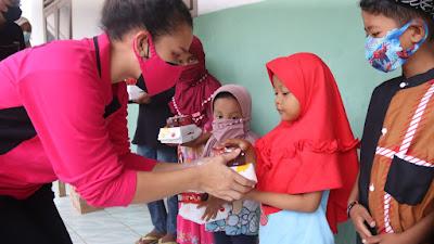 Peduli Anak Yatim dan Santri, Polda Banten Salurkan Paket Nasi Box di Kecamatan Walantaka