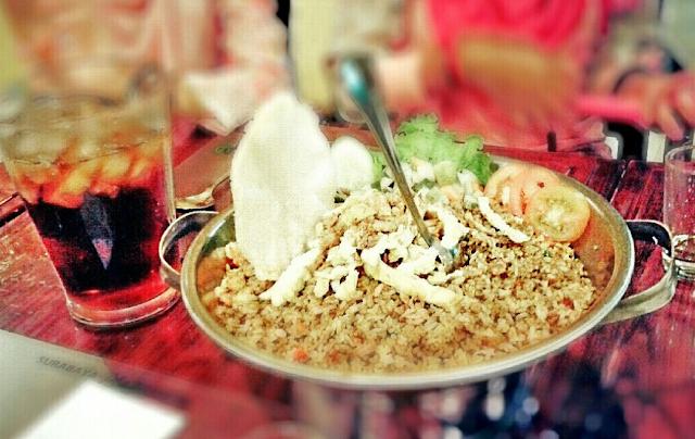Nasi%2BGoreng%2BJancuk Rekomendasi Tempat Makan Enak dan Terfavorit di Surabaya