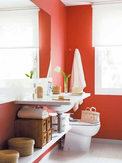 Bathrooms With Lots of Color 5