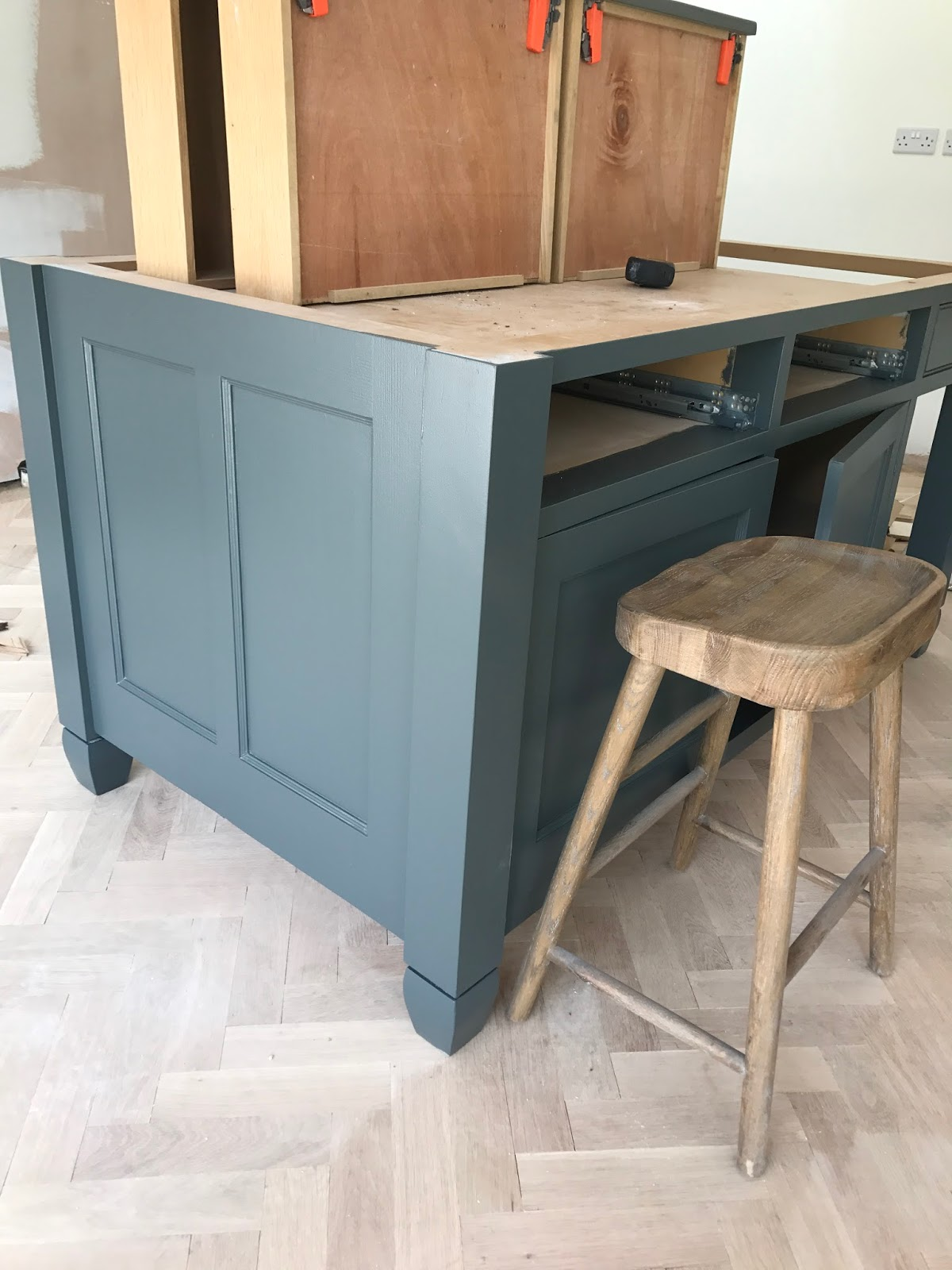 Makeover - Painting Kitchen Units with Farrow & Ball - Roses and ...