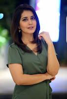 Raashi Khanna Sizzling Photos HeyAndhra.com