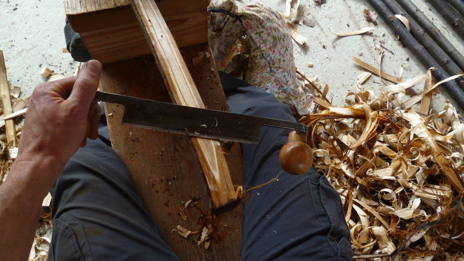 l 39 atelier des coureurs des bois cintrage des perches de. Black Bedroom Furniture Sets. Home Design Ideas