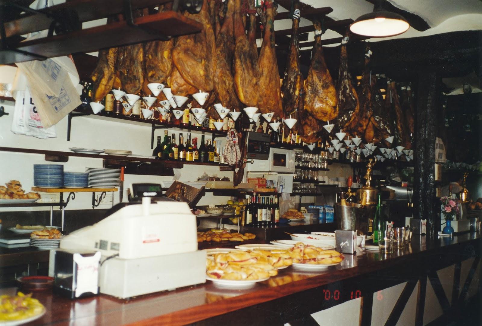 Pioneerplanet zorionak eta urte berri on holidays in - Decorar un bar de tapas ...