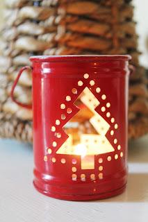 candela natalizia accesa