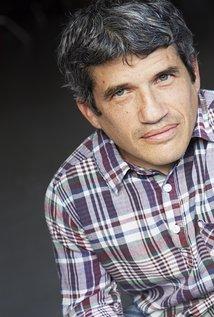 Mark Povinelli