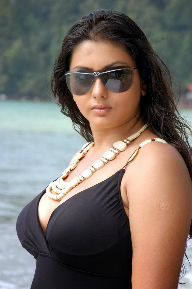 SEXY HOT_W_HD: Tamil Actress Namitha Big Boobs
