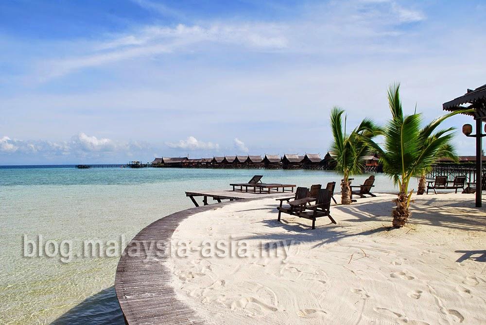 Pantai Pulau Kapalai