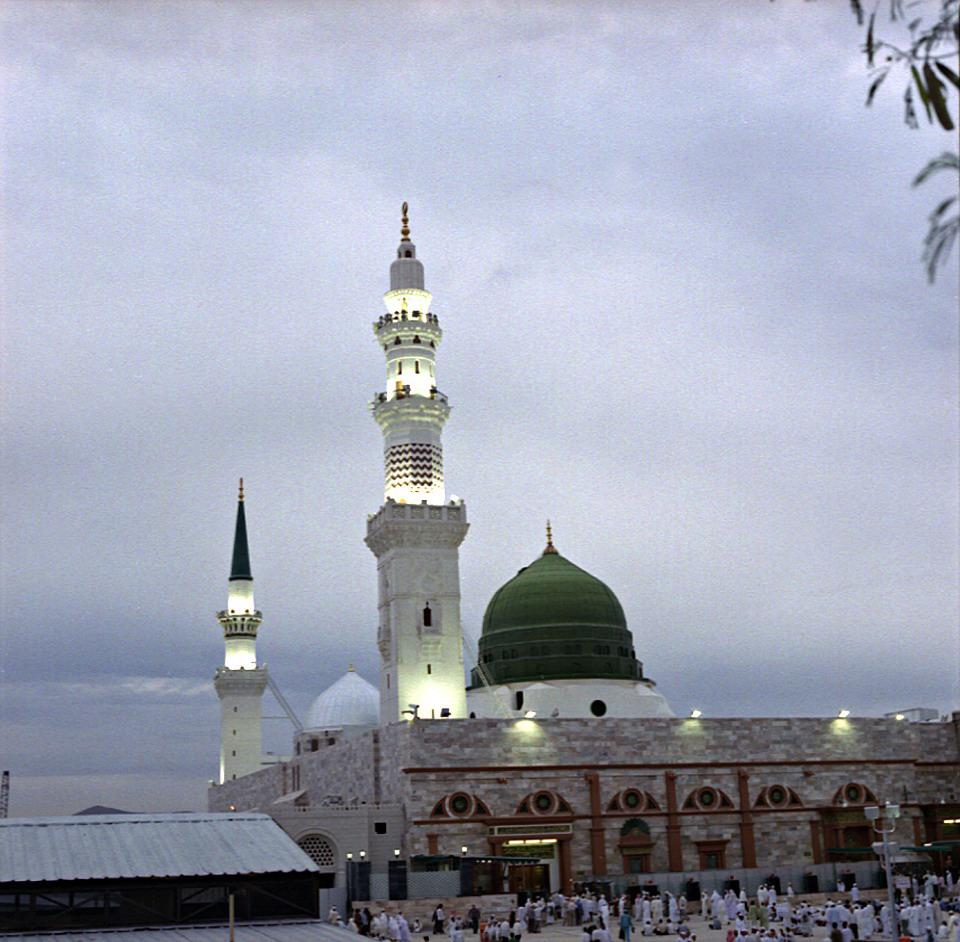 Wallpapers Background: Masjid e Nabvi Wallpapers | Islamic ...